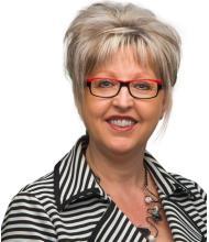 Lorraine Thériault, Courtier immobilier
