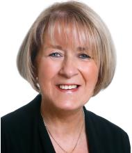 Lise Adams, Courtier immobilier