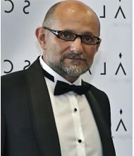 Iulian Gamentz, Courtier immobilier