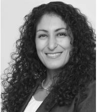 Sanaa Benzakour, Courtier immobilier