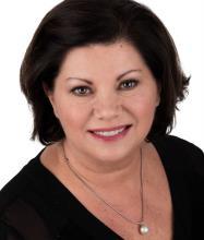 Francine Daneau, Courtier immobilier