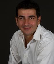 Cesar Abraham, Courtier immobilier agréé DA