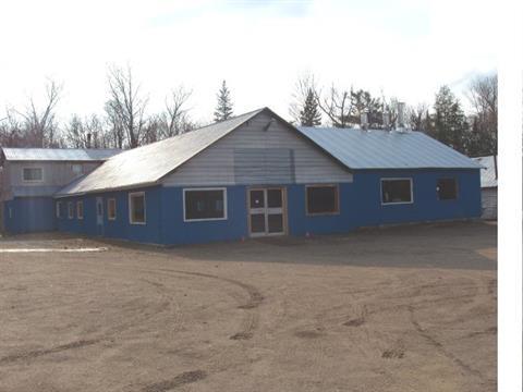 Bâtisse commerciale à vendre à Laniel, Abitibi-Témiscamingue, 2220, Route  101, 10559767 - Centris