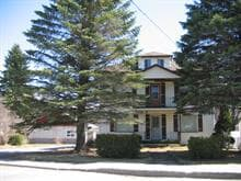 House for sale in Dégelis, Bas-Saint-Laurent, 635 - 635B, 6e Rue Est, 13821142 - Centris.ca