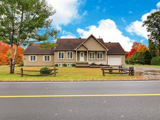 Maison à vendre à Sainte-Sophie, Laurentides, 2883 - 2883A, Rue  Godard, 27569574 - Centris.ca