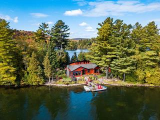 House for sale in Saint-Hippolyte, Laurentides, 10, Île G Lac des 14 Îles, 9746868 - Centris.ca