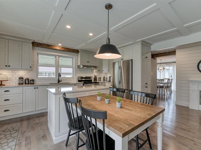 Maison à vendre à Granby, Montérégie, 927Z - 929Z, Rue  Cowie, 27294831 - Centris.ca