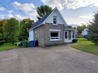 House for sale in Brownsburg-Chatham, Laurentides, 403, Rue  Saint-Pierre, 19689127 - Centris.ca