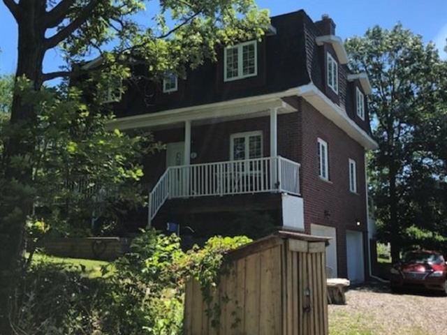 Maison à louer à Gatineau (Aylmer), Outaouais, 3, Rue  Hill, 23774657 - Centris.ca