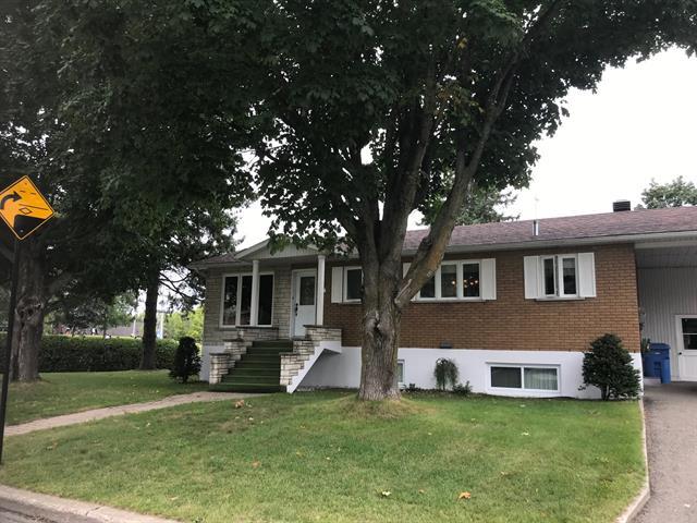 Quadruplex à vendre à Saint-Jérôme, Laurentides, 657Z, Rue  Esther-Blondin, 22110162 - Centris.ca