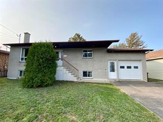 Maison à vendre à Rimouski, Bas-Saint-Laurent, 164, Rue  Saint-Robert, 11242393 - Centris.ca