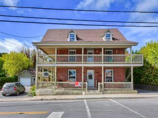 Duplex à vendre à Saint-André-Avellin, Outaouais, 57 - 57A, Rue  Principale, 27800308 - Centris.ca