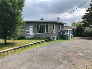 Triplex à vendre à Lévis (Les Chutes-de-la-Chaudière-Est), Chaudière-Appalaches, 2902, Rue  Gravel, 16524471 - Centris.ca