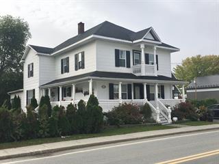 House for sale in Saint-Michel-du-Squatec, Bas-Saint-Laurent, 128, Rue  Saint-Joseph, 28578882 - Centris.ca