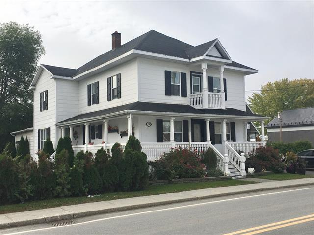 Maison à vendre à Saint-Michel-du-Squatec, Bas-Saint-Laurent, 128, Rue  Saint-Joseph, 28578882 - Centris.ca