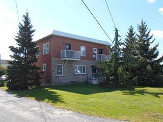 Triplex à vendre à Delson, Montérégie, 37 - 41, Rue de la Station, 20622752 - Centris.ca