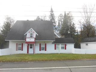 Cottage for sale in Sainte-Adèle, Laurentides, 2322, boulevard de Sainte-Adèle, 26193805 - Centris.ca