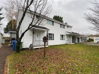 Triplex for sale in Saint-David-de-Falardeau, Saguenay/Lac-Saint-Jean, 168 - 172, Rue  Lamarre, 27153427 - Centris.ca