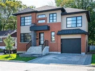 Maison à louer à Laval (Sainte-Dorothée), Laval, 480, Rue  Zephyr, 12809425 - Centris.ca