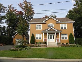 Maison à vendre à Drummondville, Centre-du-Québec, 31, Rue  Horace-Thomas, 27420991 - Centris.ca