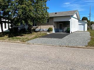 Maison à vendre à Sept-Îles, Côte-Nord, 666, Rue  André-Mathieu, 9551846 - Centris.ca