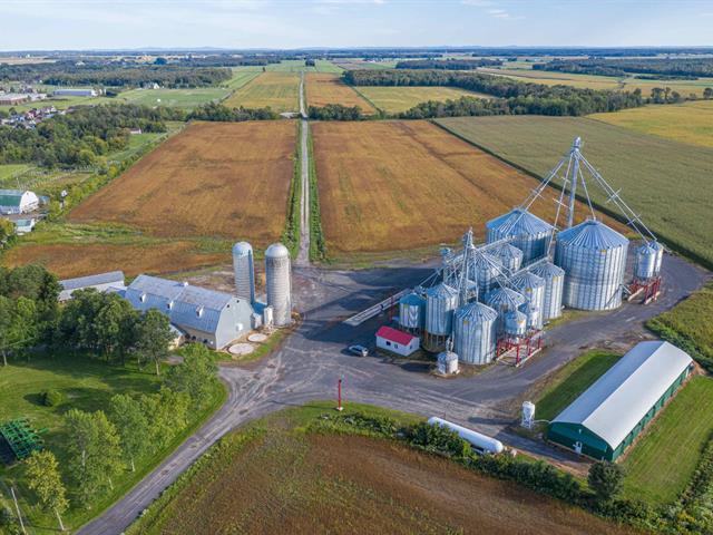 Terre à vendre à Sainte-Croix, Chaudière-Appalaches, Route  Marie-Victorin, 15053791 - Centris.ca