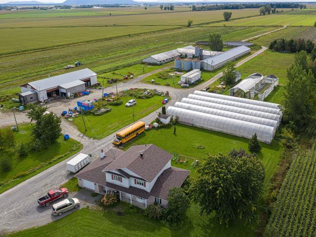 Farm for sale in Sainte-Marie-Madeleine, Montérégie, 645Z, Rang  Saint-Simon, 27668647 - Centris.ca