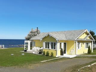 House for sale in Sainte-Félicité (Bas-Saint-Laurent), Bas-Saint-Laurent, 128, Route  132 Est, 20507032 - Centris.ca