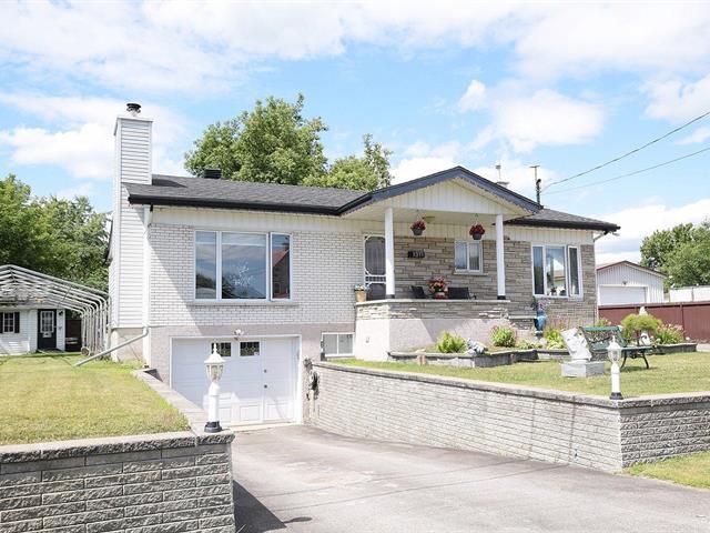 Maison à vendre à Mascouche, Lanaudière, 1311, Rue  Monette, 12032541 - Centris.ca