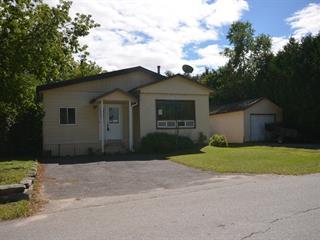 Mobile home for sale in Saint-André-Avellin, Outaouais, 16 - 16A, Rue  Lanthier, 16418235 - Centris.ca