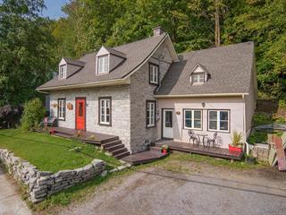 Maison à vendre à Château-Richer, Capitale-Nationale, 8215, Avenue  Royale, 14937035 - Centris.ca