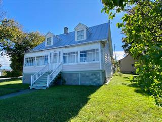 Maison à vendre à Rimouski, Bas-Saint-Laurent, 833, boulevard  Saint-Germain, 28351019 - Centris.ca