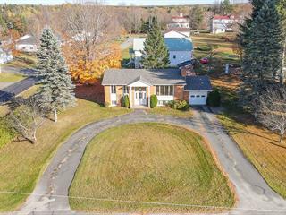 Maison à vendre à Bury, Estrie, 51, Rue  Saint-Paul, 19975034 - Centris.ca