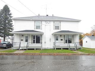 Duplex for sale in Trois-Pistoles, Bas-Saint-Laurent, 209 - 211, Rue  Têtu, 11427257 - Centris.ca