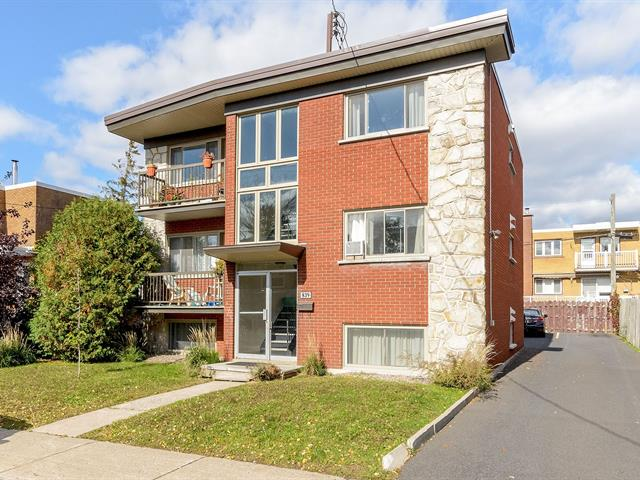 Triplex à vendre à Longueuil (Le Vieux-Longueuil), Montérégie, 839, Rue  Jean-Béliveau, 12194699 - Centris.ca