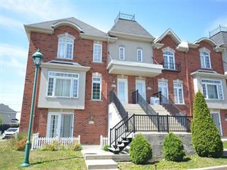Condo à vendre à Laval (Duvernay), Laval, 7592, Rue  Angèle, 24602565 - Centris.ca