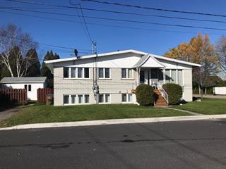 Triplex for sale in Alma, Saguenay/Lac-Saint-Jean, 1100 - 1104, Avenue des Lilas, 17989906 - Centris.ca