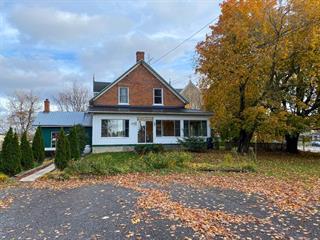 Maison à vendre à Grenville, Laurentides, 300 - 302, Rue  Principale, 27043102 - Centris.ca