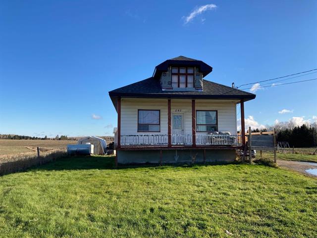 House for sale in Saint-Prime, Saguenay/Lac-Saint-Jean, 242, Rue  Principale, 23196084 - Centris.ca