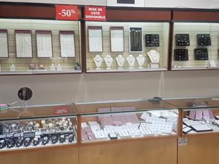 Commerce à vendre à Montréal (Montréal-Nord), Montréal (Île), 10711, boulevard  Pie-IX, 12095031 - Centris.ca