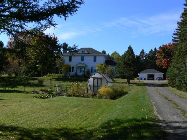 Maison à vendre à Port-Daniel/Gascons, Gaspésie/Îles-de-la-Madeleine, 458, Route  132, 18175714 - Centris.ca