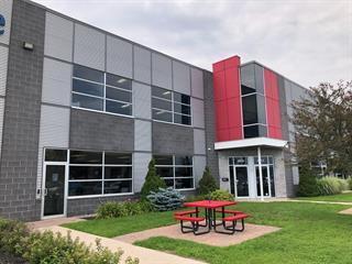 Local industriel à louer à Laval (Chomedey), Laval, 4609, Rue  Louis-B.-Mayer, local A, 19635697 - Centris.ca