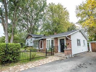 House for sale in Léry, Montérégie, 722, Chemin du Lac-Saint-Louis, 23384646 - Centris.ca