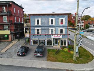 Immeuble à revenus à vendre à Sherbrooke (Les Nations), Estrie, 901 - 909, Rue  King Ouest, 17409843 - Centris.ca