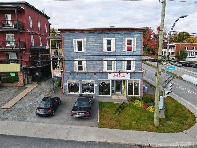 Income properties for sale in Sherbrooke (Les Nations), Estrie, 901 - 909, Rue  King Ouest, 17409843 - Centris.ca