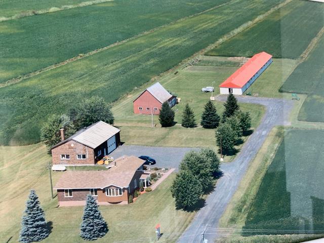 Farm for sale in Saint-Majorique-de-Grantham, Centre-du-Québec, 2026Z, boulevard  Lemire Ouest, 23344473 - Centris.ca