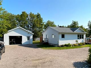 House for sale in Pointe-Lebel, Côte-Nord, 833, Rue  Granier, 13779530 - Centris.ca