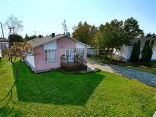 Maison à vendre à Port-Cartier, Côte-Nord, 76, Rue de la Rivière, 11486093 - Centris.ca