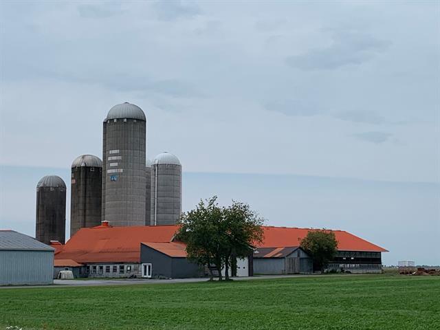 Farm for sale in Sainte-Sabine (Montérégie), Montérégie, 135, Rang de la Gare, 9858901 - Centris.ca