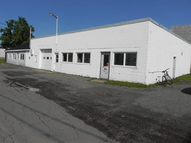 Bâtisse industrielle à vendre à Laurier-Station, Chaudière-Appalaches, 129, Rue de la Chapelle, 9224074 - Centris.ca